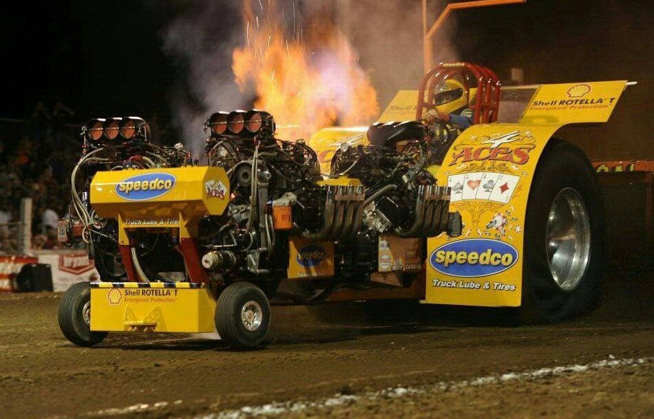 Pin by Roy Bortz on PULLING TRACTORS | Tractor pulling