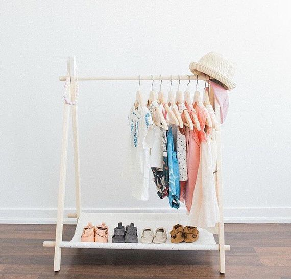 This Mini Childrens Clothing Rack Is Perfect For Any Little Ones Room It Is Perfect To Display Their Favori Diy Clothes Rack Clothing Rack Wooden Clothes Rack