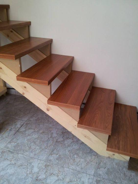 Doblamos tu suelo laminado o vinilo ideal para forrar tu escalera - Como forrar una escalera de madera ...