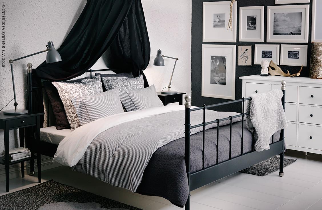 black white met svelvik slaapkamer pinterest chambre lit et decoration. Black Bedroom Furniture Sets. Home Design Ideas