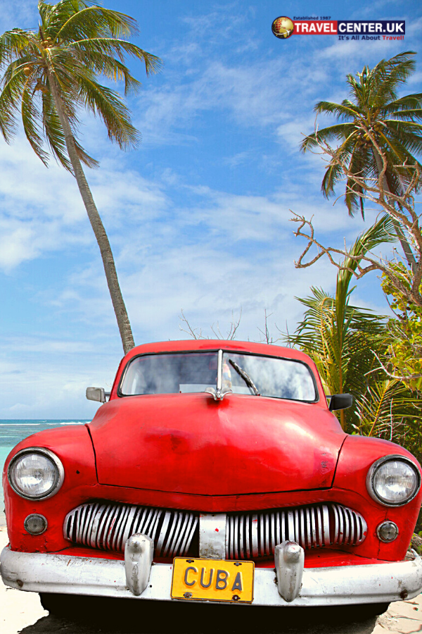 Cuba and her classic cars have a lot of emotion and memoir to share. Since the importation of vehicles is banned in Cuba, Cuba is almost a breathing museum for classic and pre-revolutionary cars. #travelcuba #cubatravel #havana #cars #classiccars #itsallabouttravel #travelcenteruk