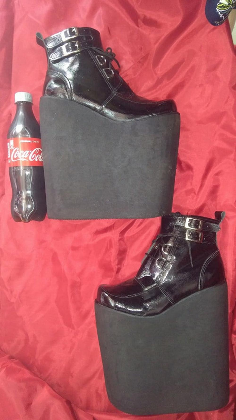 Boots, Platform boots, Shoes