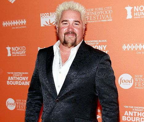 """Guy Fieri's NYC Restaurant Bashed for """"Inedible,"""" """"Greasy,"""" """"Ruinous"""" Food in Scathing Review"""