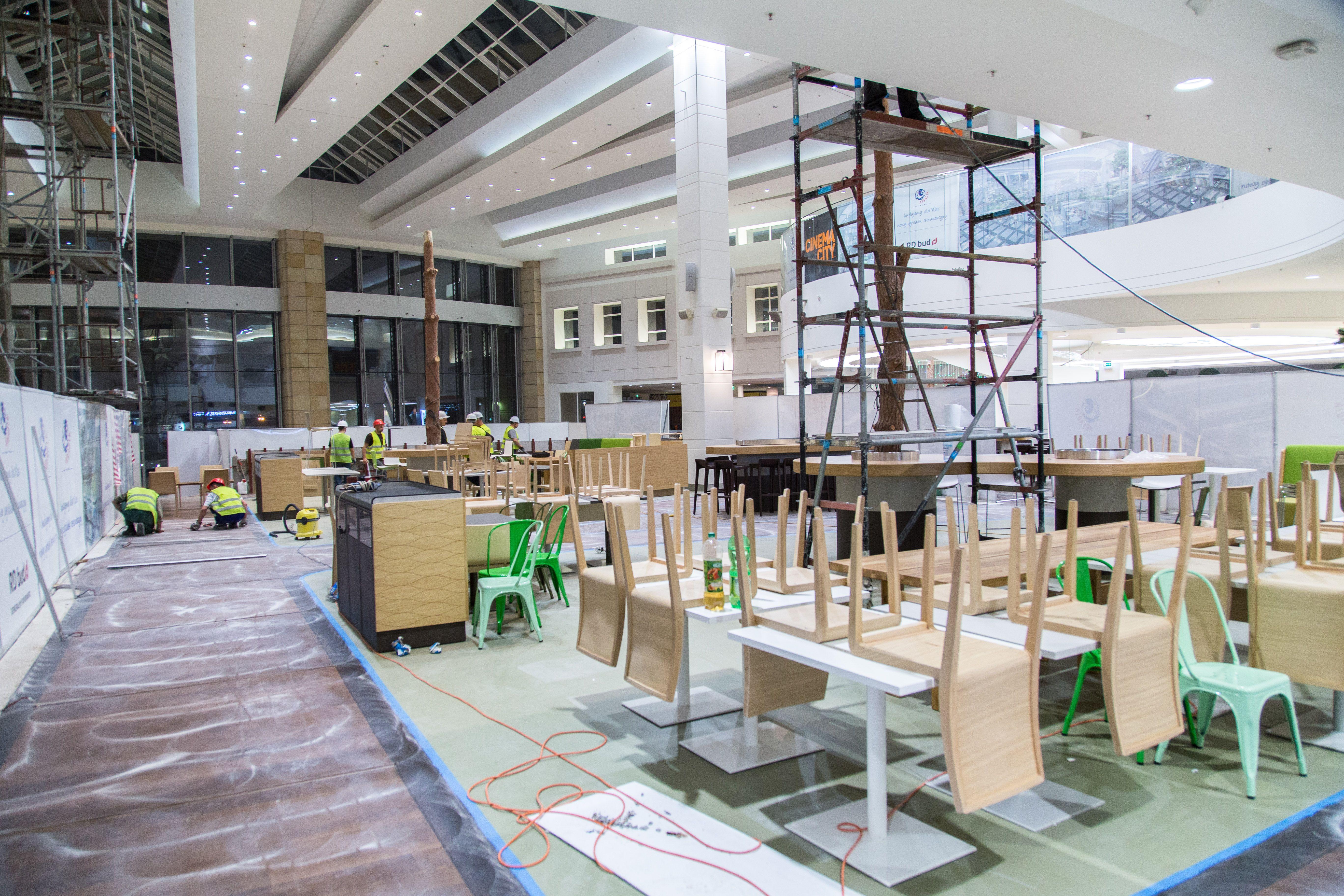 Przebudowa Arkadii - nowa strefa restauracyjna