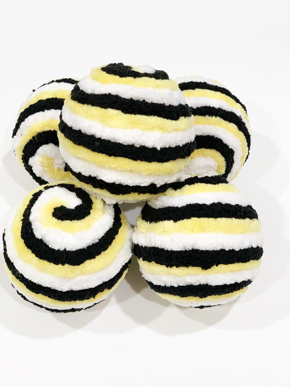 Decorative Yarn Balls Home Decor Bowl Fillers Wreath Attachments Black and White Wreath Supply