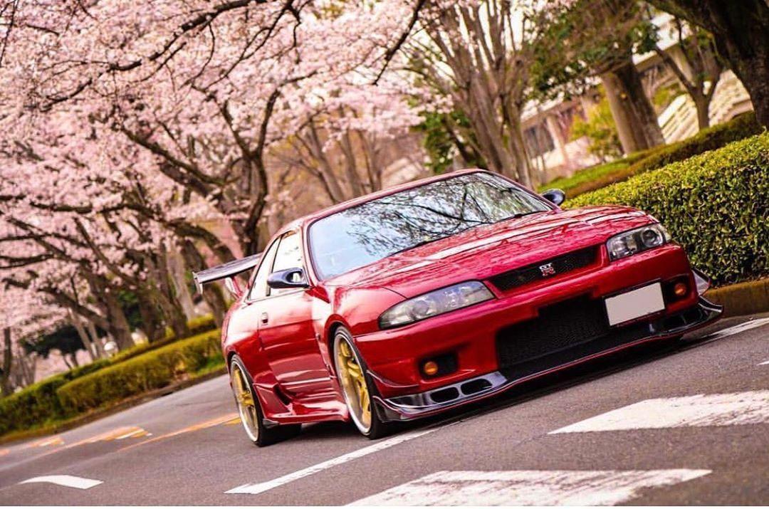 Super Street On Instagram Lookin Cherry Superstreetjapan Superstreet Nissan Skyline R33 Gtr Skyline R33 Nissan Skyline R33 Nissan Gtr Skyline