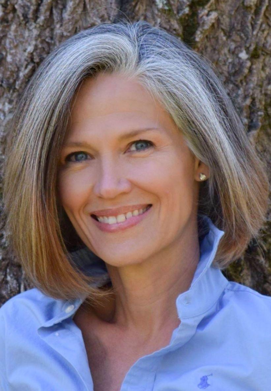 48 Gorgeous Silver Hair Color Ideas For Women   Gray hair ...