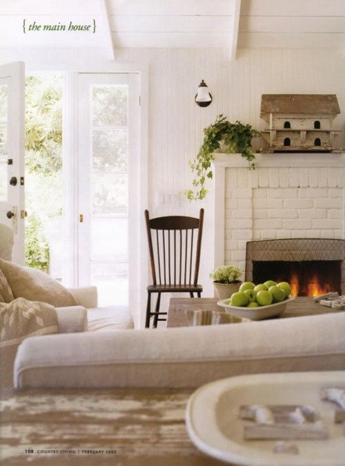 New White brick fireplace and creamy tones in the furniture cozy Luxury - country farmhouse decor Picture