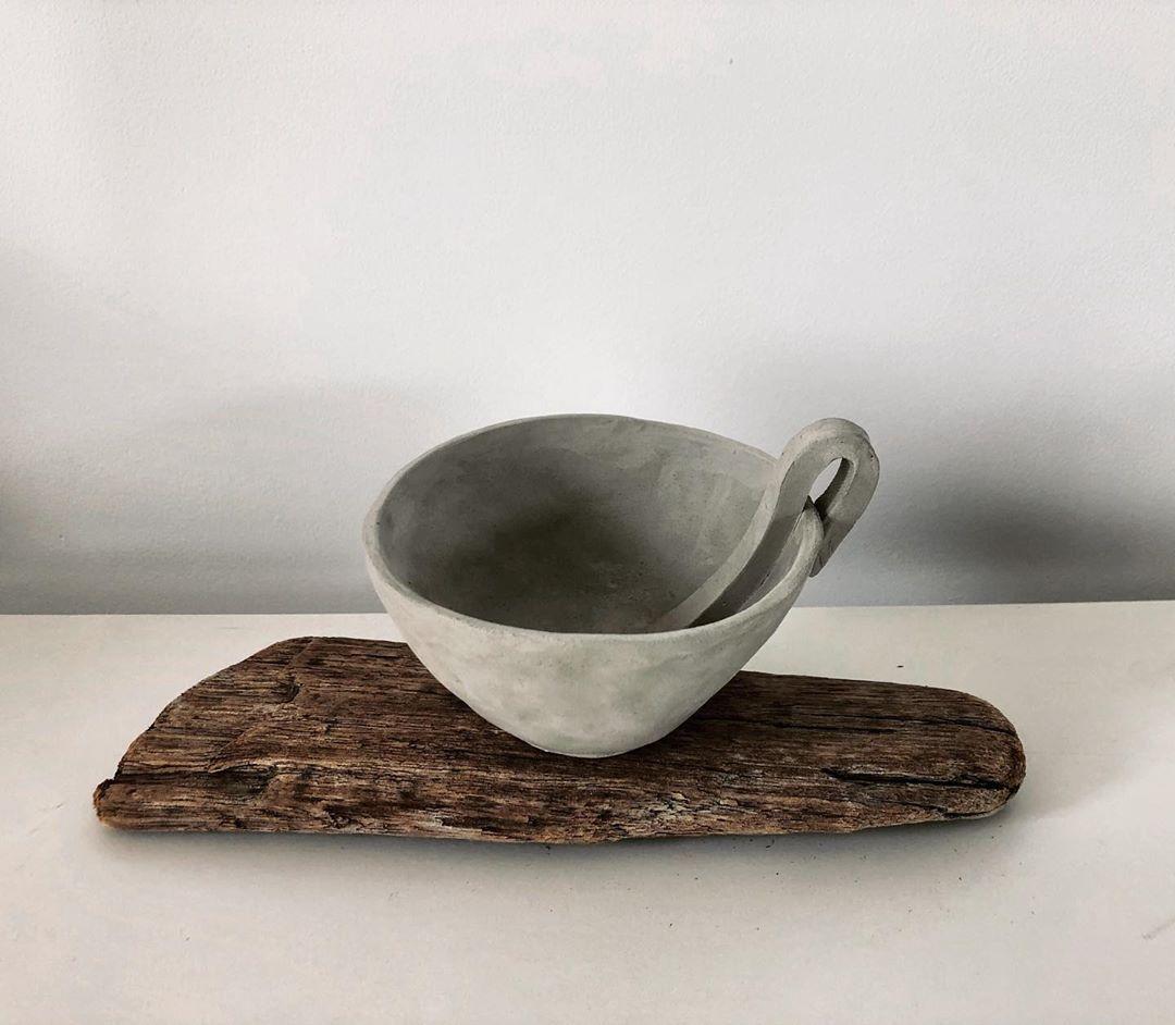 More experimental handles in the lock-down hand-built series . . . . #ceramics #pottery #studioceramics #greenwareceramics #stonewarepottery #handbuiltpottery #handbuiltceramics #handmade #functionalceramics #tableware #potsofinstagram #lockdownceramics #ceramiccup #stoneware