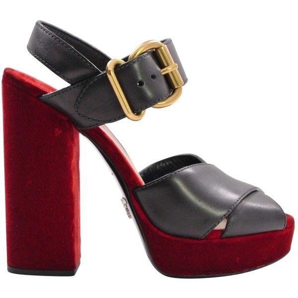 Pre-owned - Velvet heels Prada 86aQx4Z4