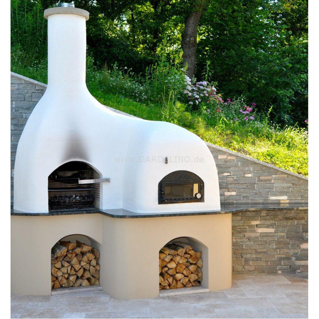 Schicker Moderner Direkt Befeuerter Pizzaofen Mit Grill In Garten Stylish And Modern Direct Fired Pizza O Pizzaofen Garten Grillkamin Selber Bauen Pizzaofen