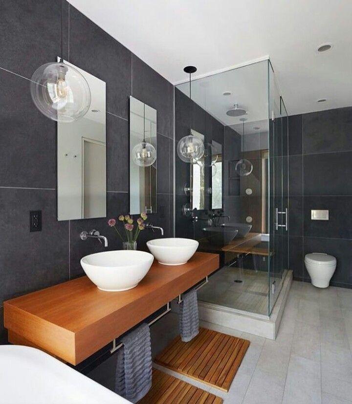 Neue Häuser, Haus Interieurs, Badezimmerideen, Waschraum, Bad Inspiration,  Bad Pendelleuchte, Pendelleuchten, Traumhafte Badezimmer, Wc Raum Design Inspirations