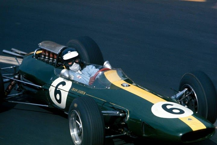 Jim Clark in the Lotus 33 (in practice) at the French GP, 1965.