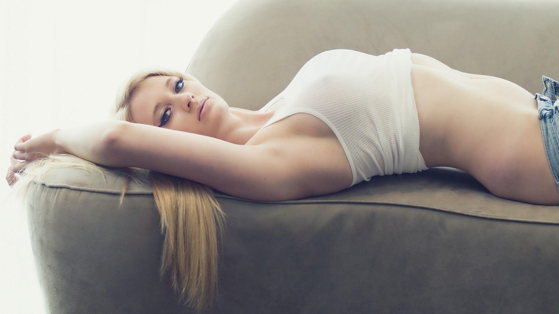sexy sonali bendrenude fucking