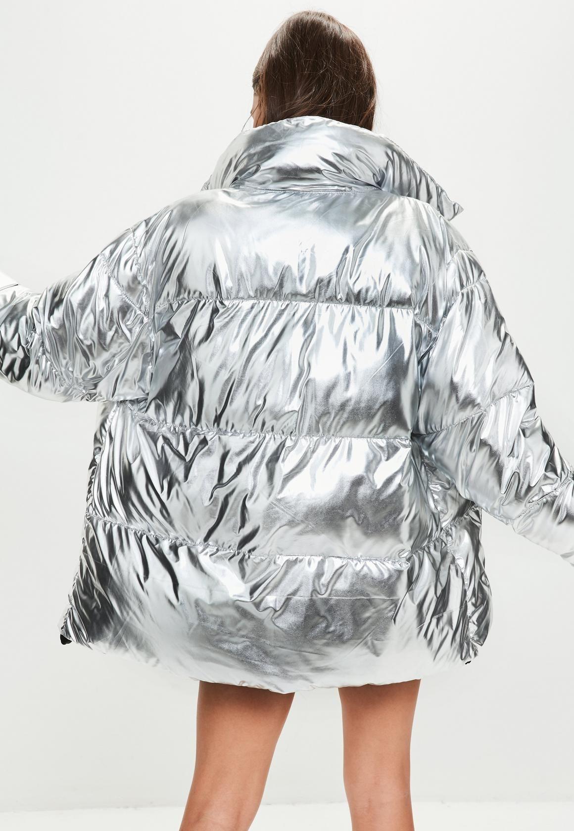 Missguided Silver Metallic Puffer Jacket Winter Jacket Outfits Metallic Jacket Silver Puffer Jacket [ 1680 x 1160 Pixel ]