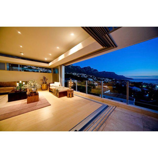 Luxury Villa, Living Room