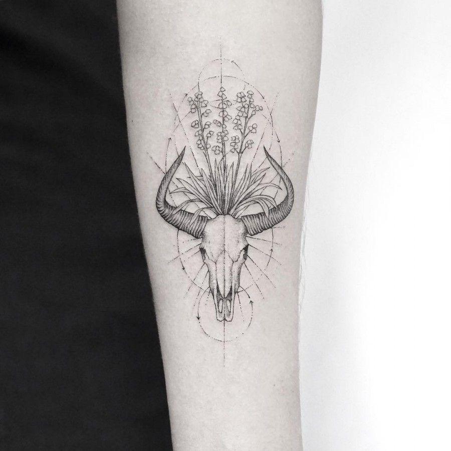 Flowerr Skull Tattoo Fine Line Tattoos Line Tattoos Tattoos