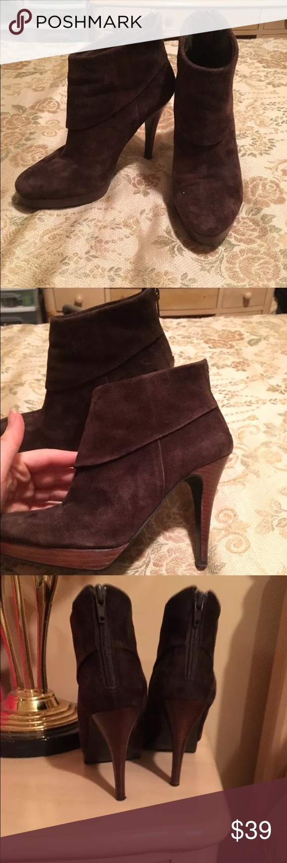Steve Madden Brown Suede Ankle Boots 7.5 These gorgeous brown suede Steve Madden shoes are in great condition. There are a few scuffs on the suede and one stain on the front of the left shoe that is the size of a pin hole-- see photo. Please ask questions before purchasing Steve Madden Shoes Ankle Boots & Booties