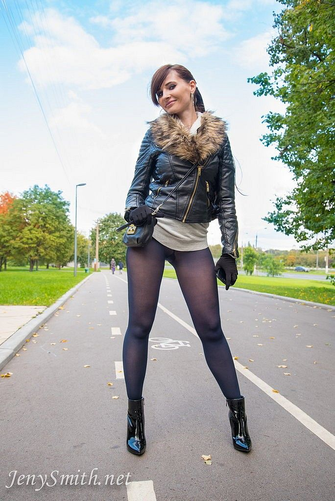 Jeny smith black pantyhose pretend to be leggings 5