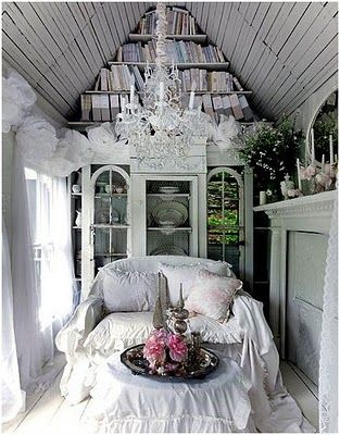 ♥  I so need my own little cottage in the backyard for escape and all my crafts!
