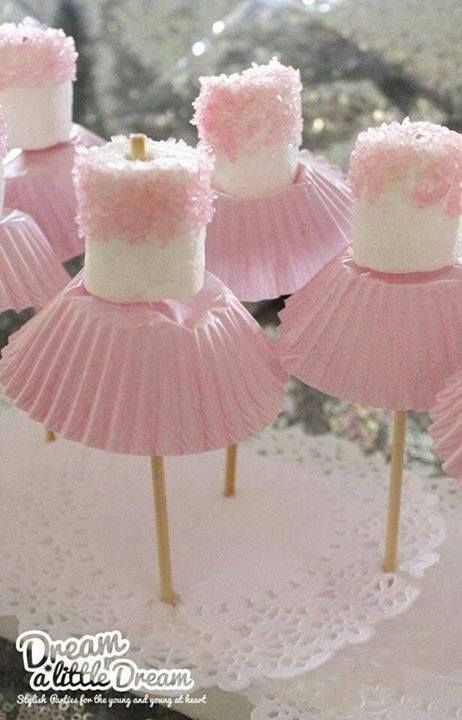 •Ballerina Mallows• Adorable and so simple to make.! All you need is marshmallows, sprinkles, sticks and pink cupcake holders. Would be cute for a little girls birthday party