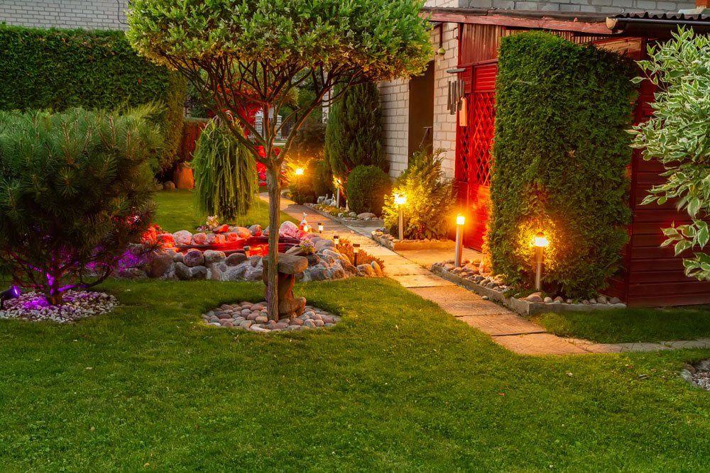 Stromkabel Im Garten Verlegen Schritt Fur Schritt Anleitung Landschaftsbeleuchtung Garten Erdkabel