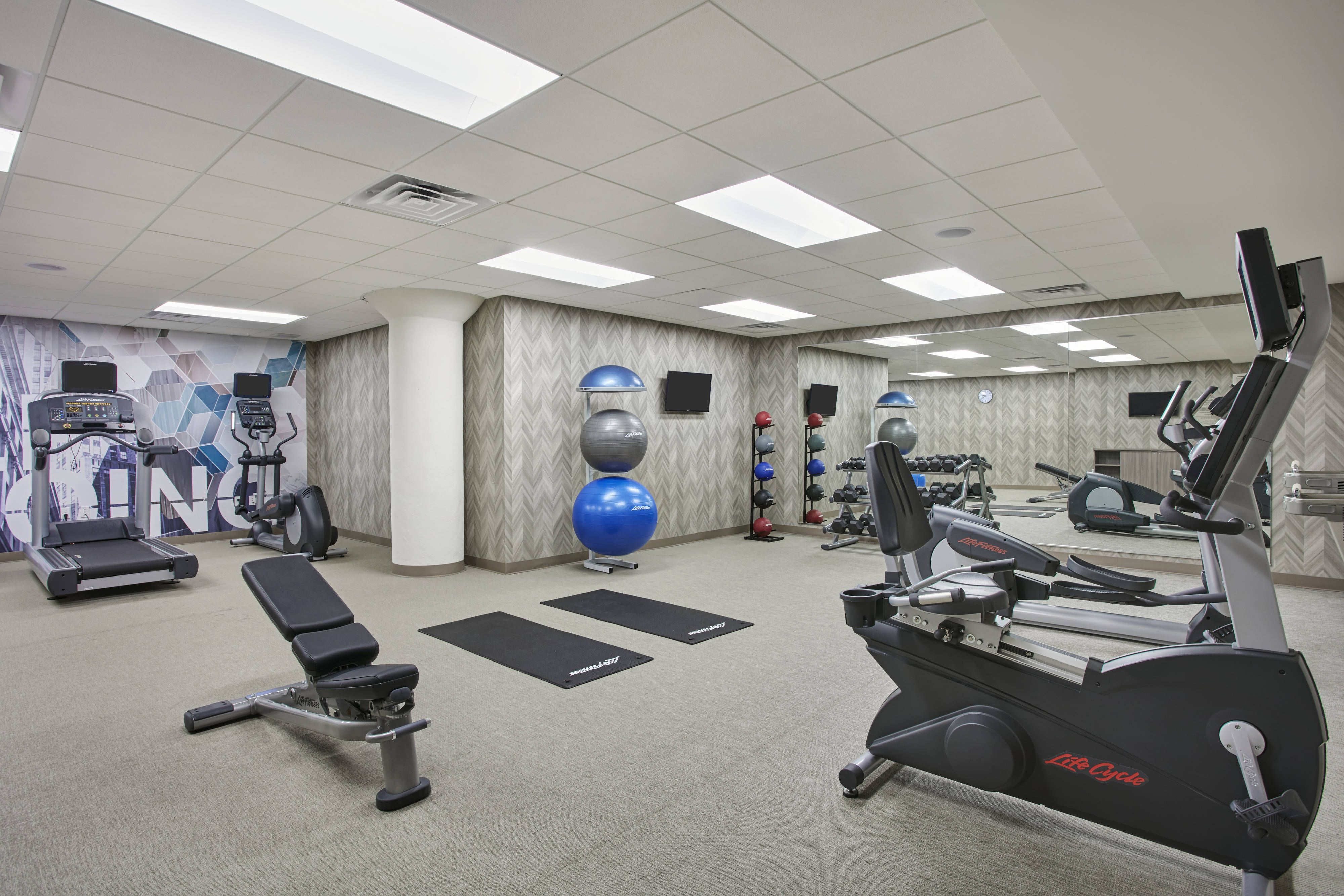 Springhill Suites Milwaukee Downtown Fitness Center Relax