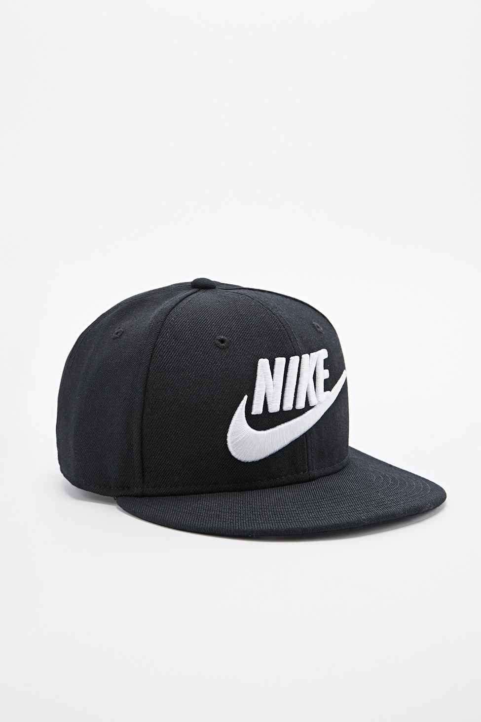 Nike Snapback Cap in Black - Urban Outfitters  8417c65598d