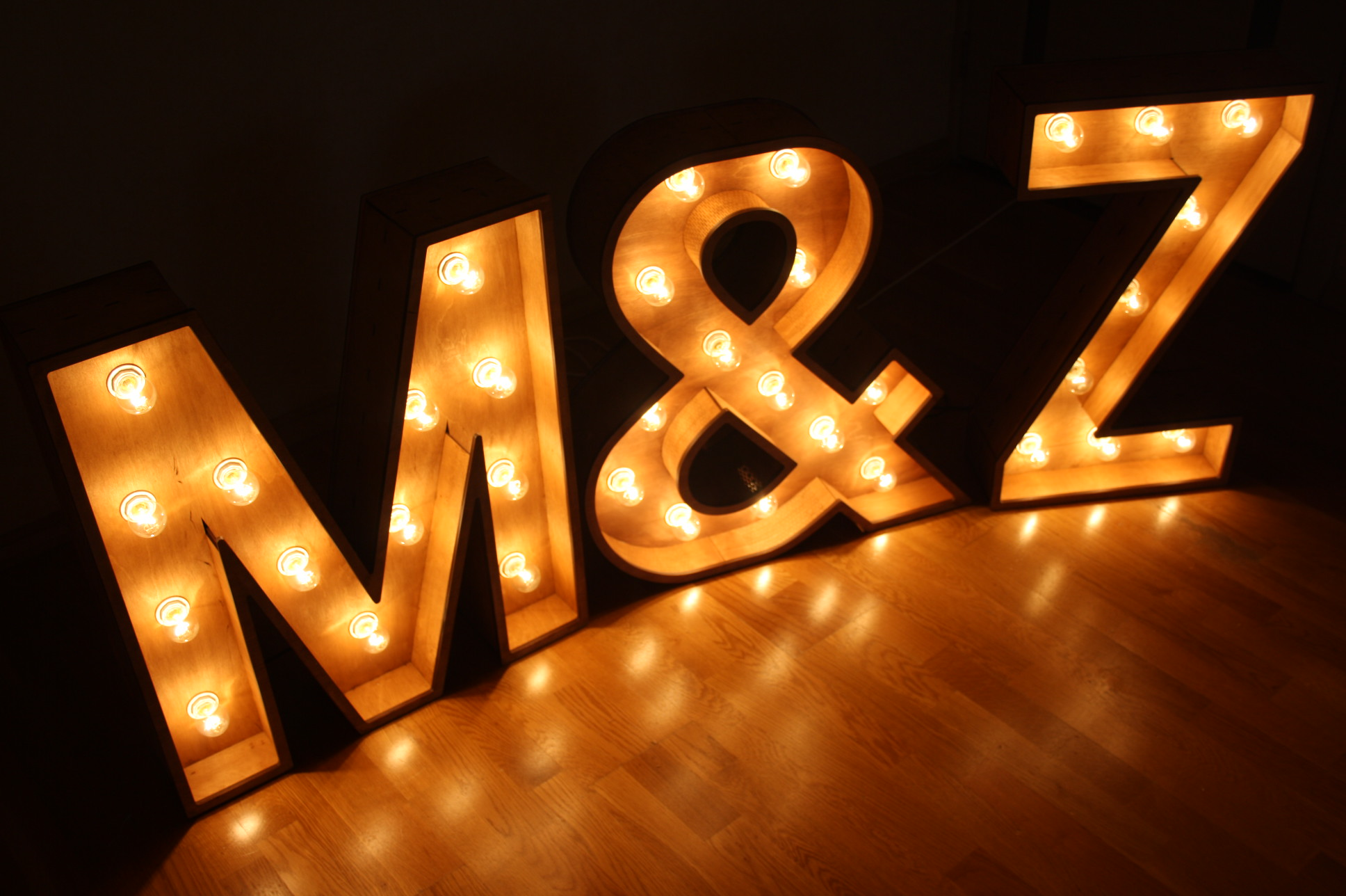 Wooden Letters With Light Bulbs They Can Be Used For Decoration For The Interior Decoration For The Ho Light Letters Light Up Signs Barn Wedding Decorations