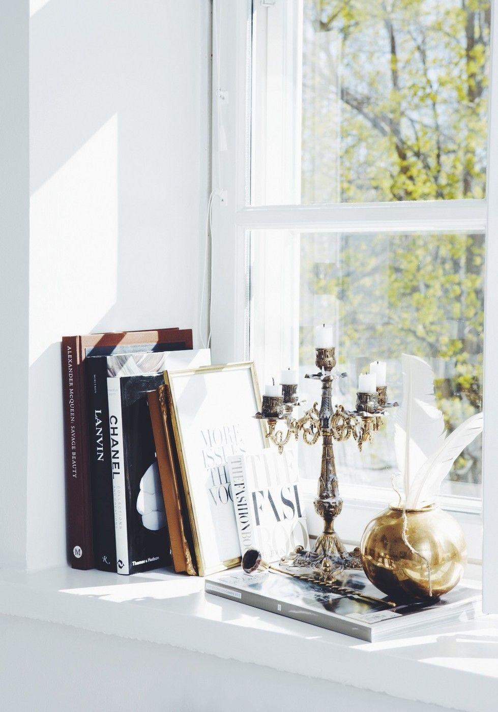 Details on the windowsill - lainahöyhenissä | Lily.fi