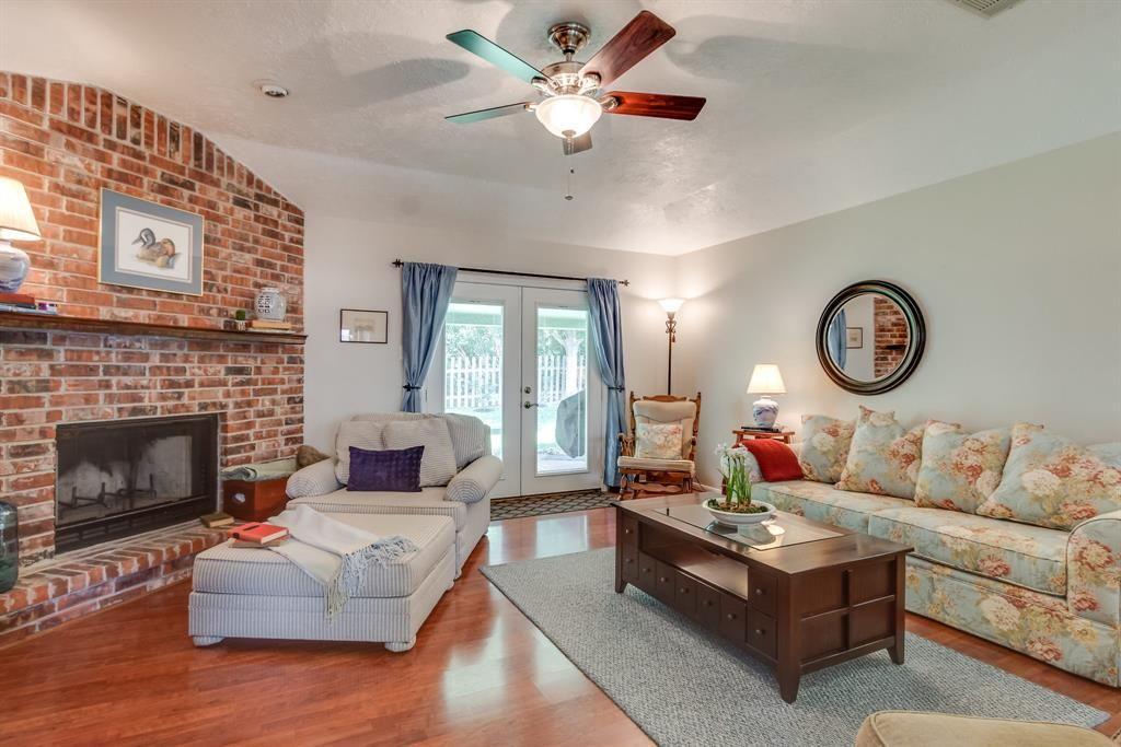 331 Lazy Lane, Montgomery, TX 77356 Photo Home decor