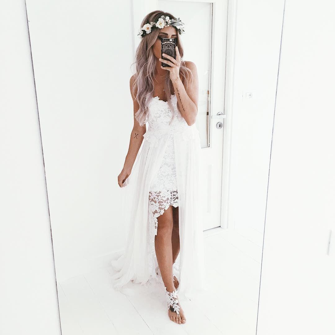 "emilyrosehannon on Instagram: ""wedding dress selfie "" | Wedding ..."