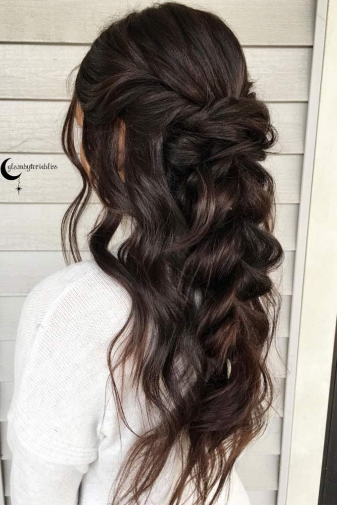 Unique Bridesmaid Hairstyles To Look Fabulous We Have Collected Photos Of The Most Gorgeous Half Up Hairstyl Hair Styles Long Hair Styles Braids For Long Hair