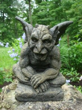 Garden Gargoyles How To Choose The Best Gargoyles Sculpture