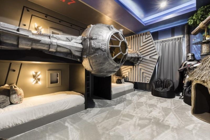 Star Wars Themed Bedroom At Exclusive Private Villas In Orlando Star Wars Themed Bedroom Bedroom Themes Themed Hotel Rooms