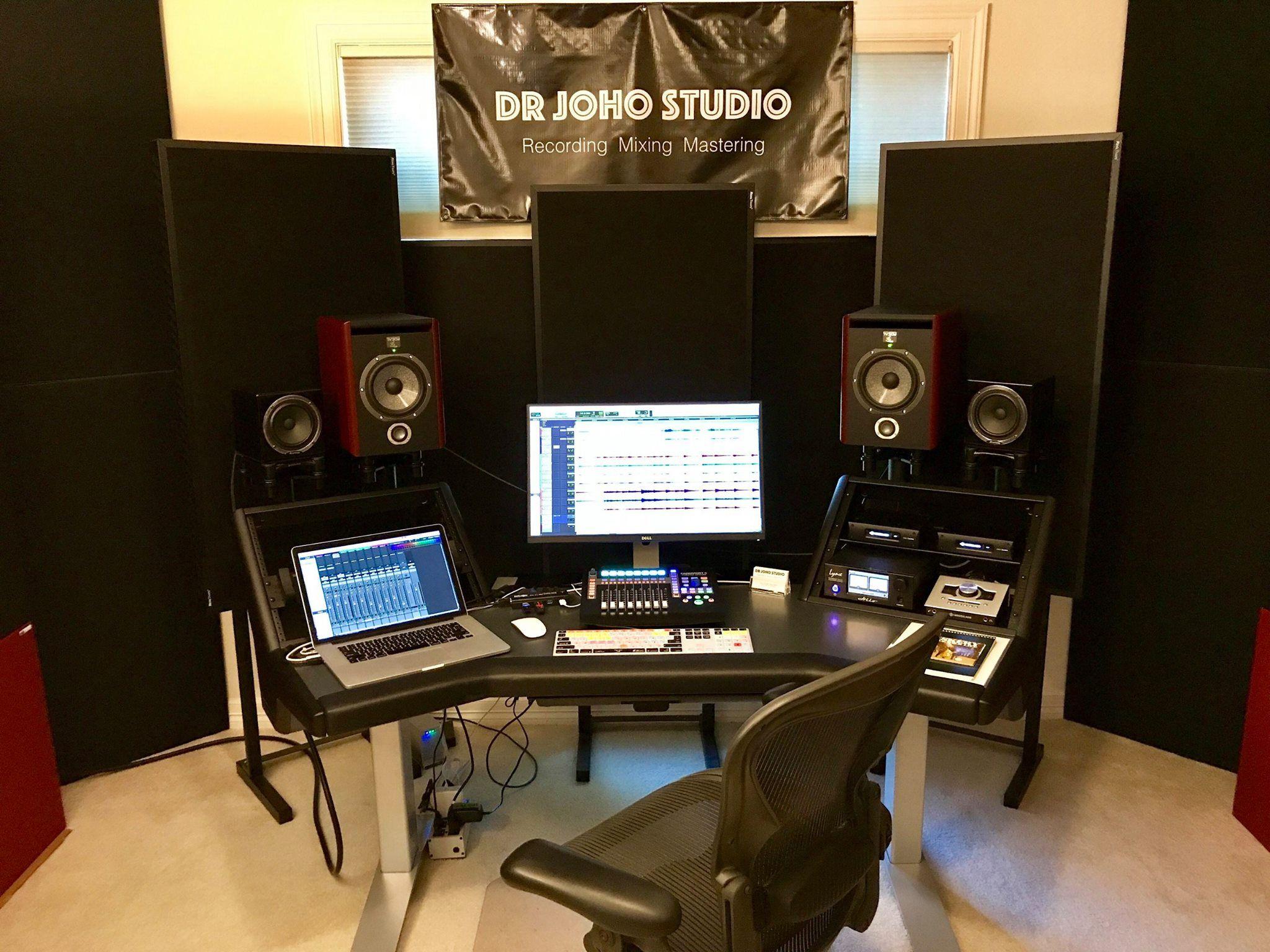 Customer photo of the argosy console halo desk argosy - Muebles para estudio de grabacion ...