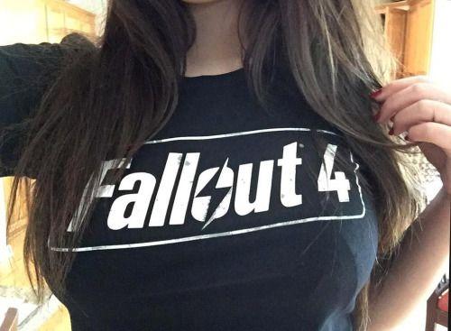 FALLOUT FOOOOUUUUURRRRRR!  fallout fallout 4 fallout four twitter