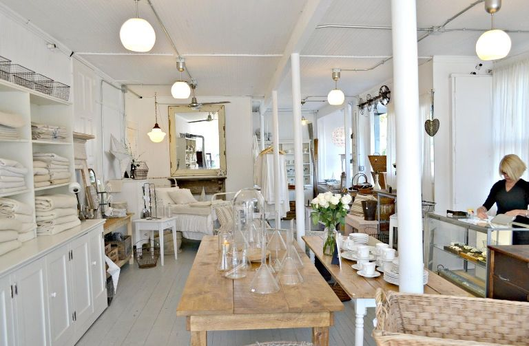 White Flower Farmhouse Southold Store Amazing Shop With Fabulous Finds Shop Interiors Showroom Inspiration Shop Interior