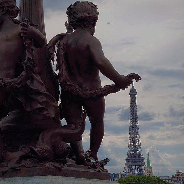 • La Photo Du Jour est pour: • ✨ @reginesemaan ✨ •  FÉLICITATIONS ◦ Visitez son profil pour voir plus de superbes photos!!! • Merçi à tous de partager vos photos avec nous et d'avoir taggué: ◦ ☞ #gf_france ☞ #global_family ☞ #gf_daily ◦ ✨✨✨Bonne chance!!✨✨✨ • Sélectionné par: @madinva_gf ° ✖PAS de photos d'Internet! ✖Pas de photos volées ! ✖Uniquement vos photos, à VOUS ! ◦ ★ᎶlobAᏞ ҒᎪmᎥᏞᎽ★ 。✿*'・✿ wнere тнe world мeeтѕ.  _________________________________________