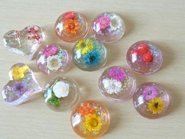 UVレジンで作る☆ドーム型ヘアゴム(ヘアゴム以外も作れます♡)