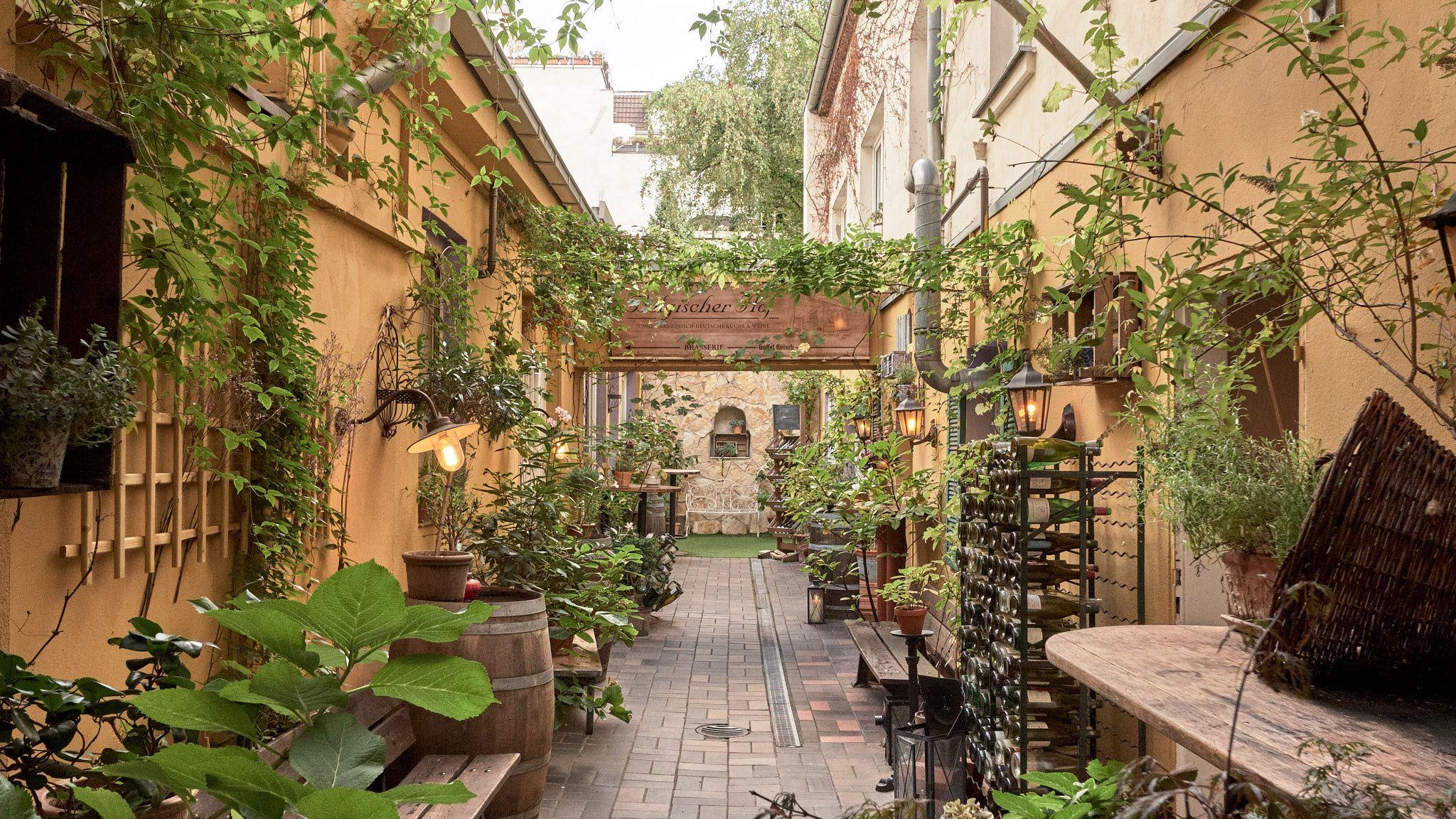 Restaurant Homepage – Innenhof | Innenhof, Hof, Deutsche küche