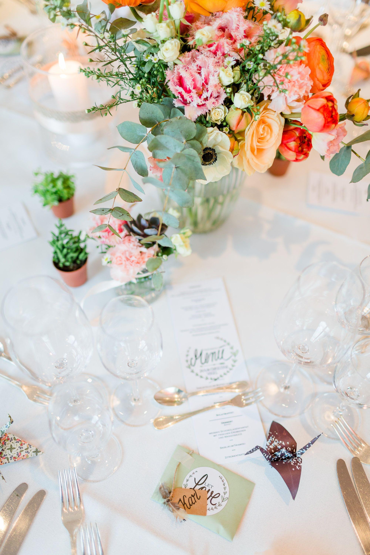 Beruhrende Diy Hochzeit In Apricot Und Grun Tischdekoration