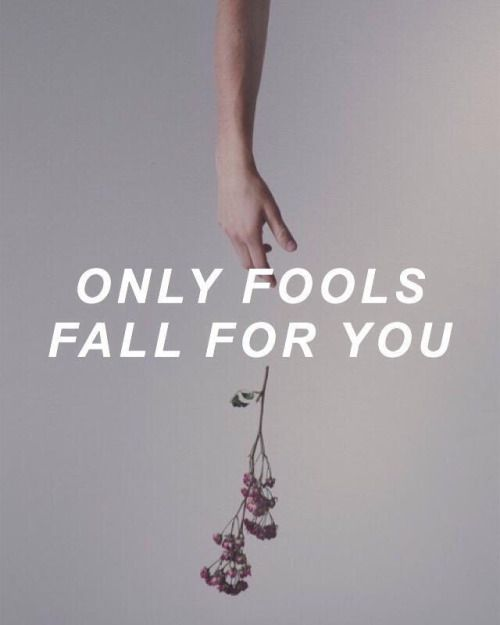 Get lost in the lyrics FOOLS - Troye Sivan