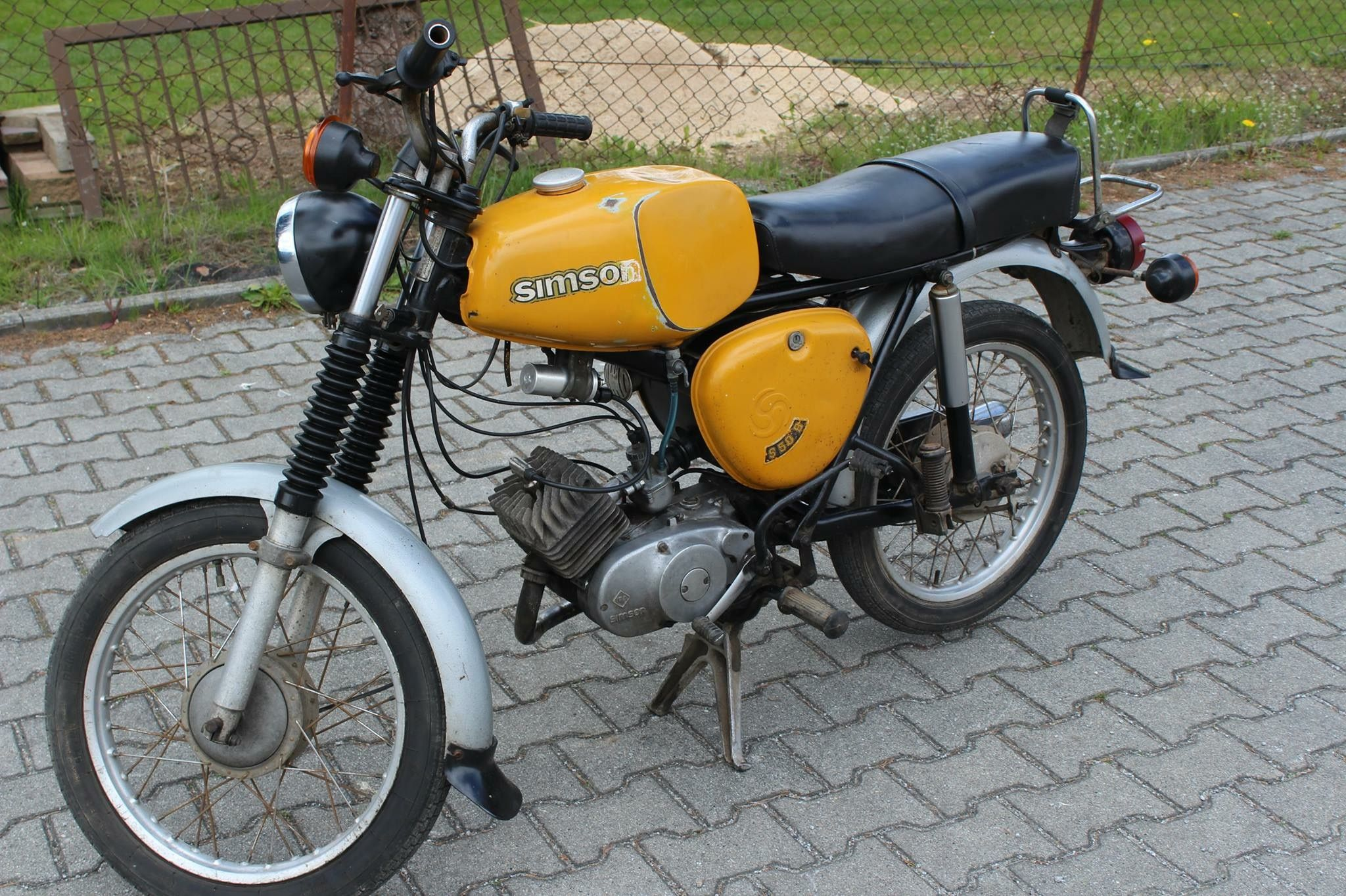 simson s50 b in senfgelb motorcycles from th ringen. Black Bedroom Furniture Sets. Home Design Ideas
