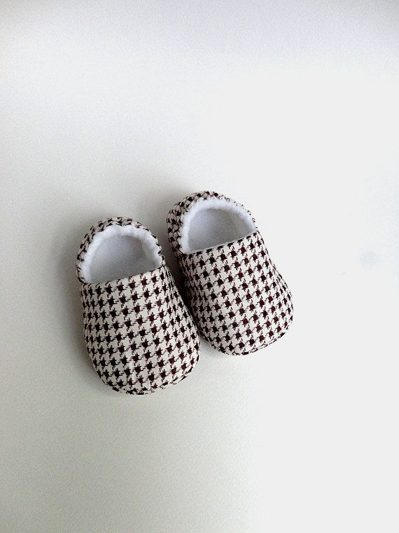 Baby Booties / Soft Sole Shoes / Size 2 36 months by eksipnesidees, €13.00