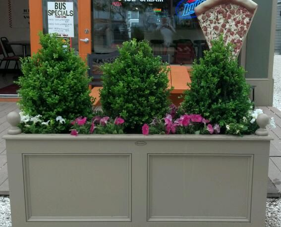 chatham commercial planter painted