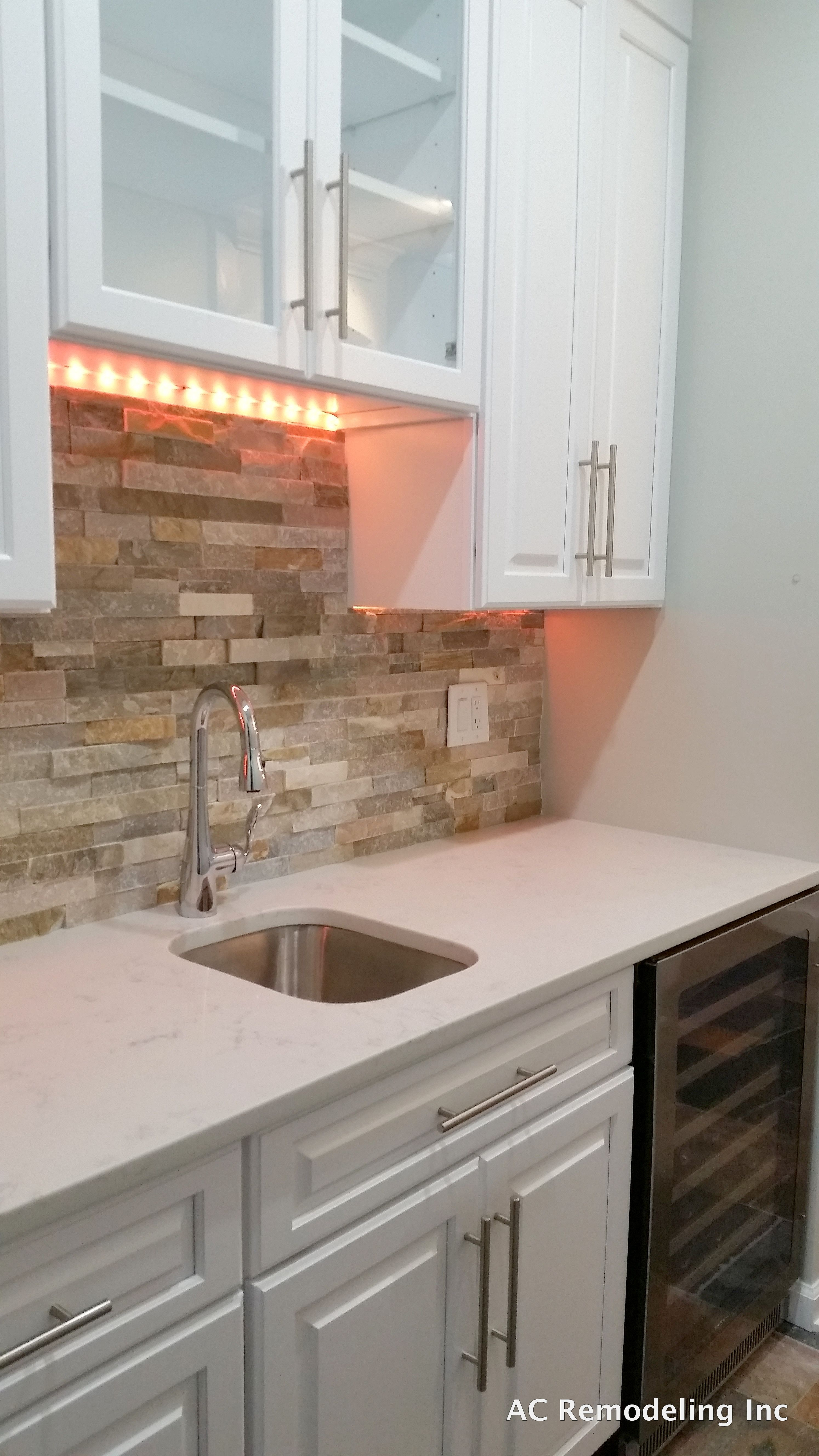 Beachwalk ledger stone for a beautiful backsplash with multicolor ...