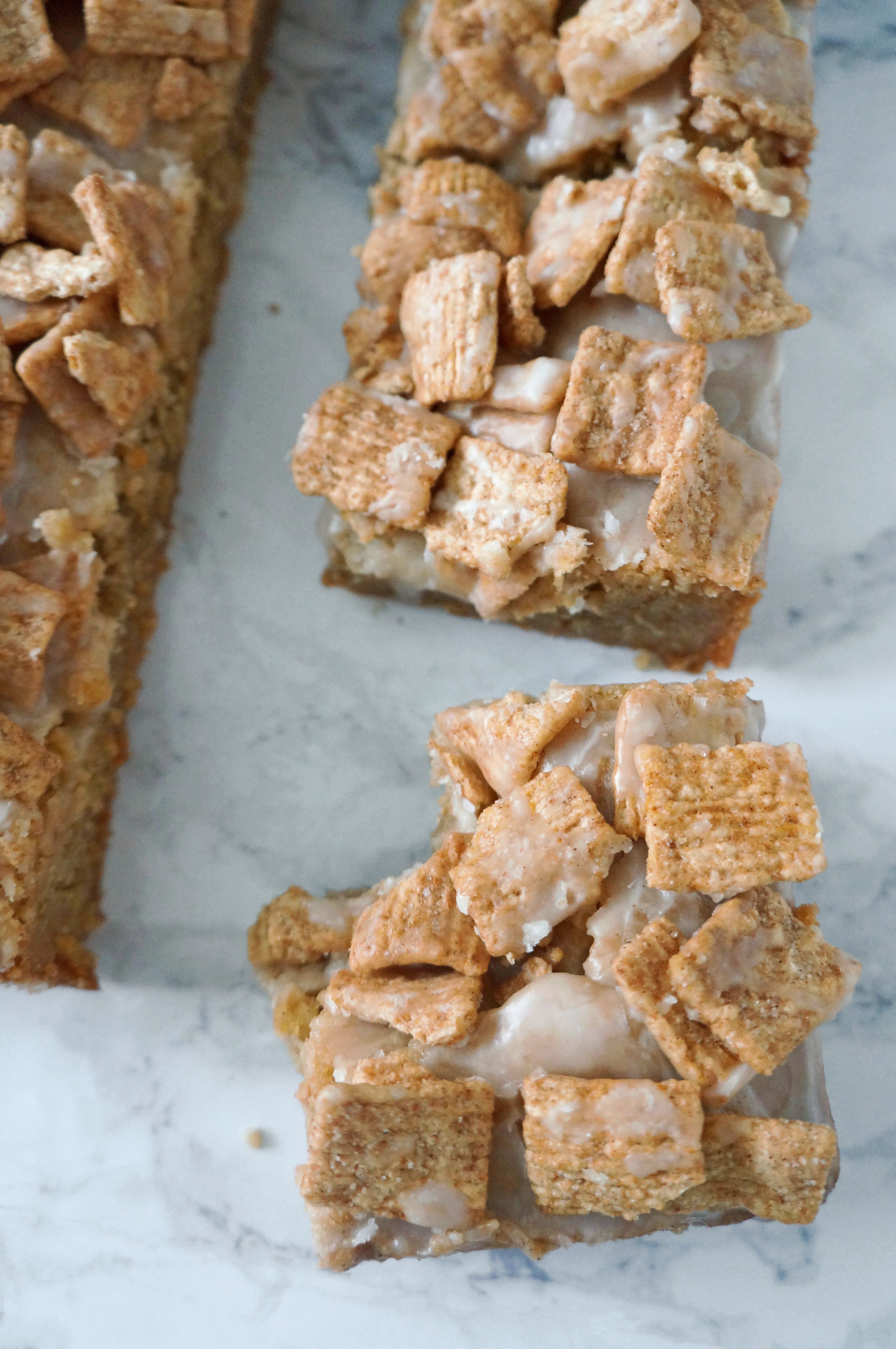 Cinnamon Toast Crunch Cereal Cookie Bars - One Broads Journey