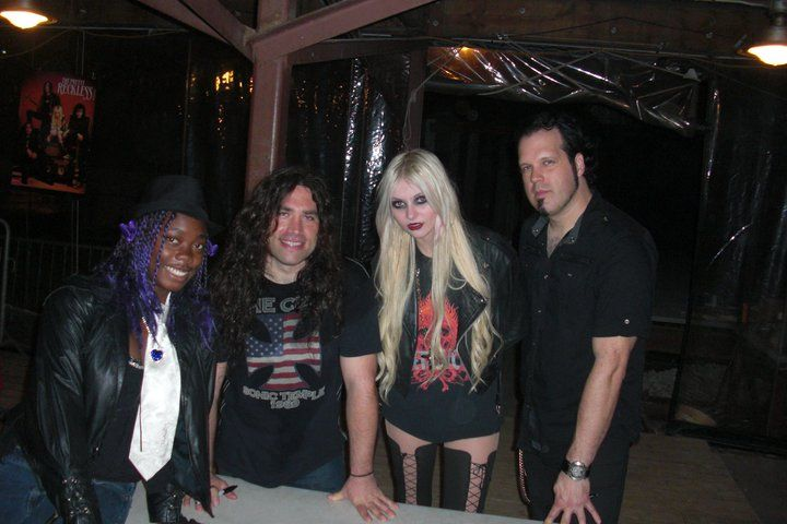 Pic from the meet and greet with the pretty reckless the pretty pic from the meet and greet with the pretty reckless m4hsunfo