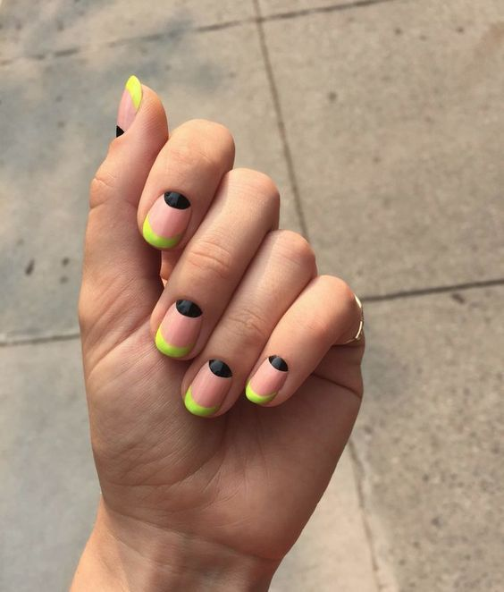 22 diseños modernos para uñas cortas, ¿cuál es tu preferido? Neon - uas modernas